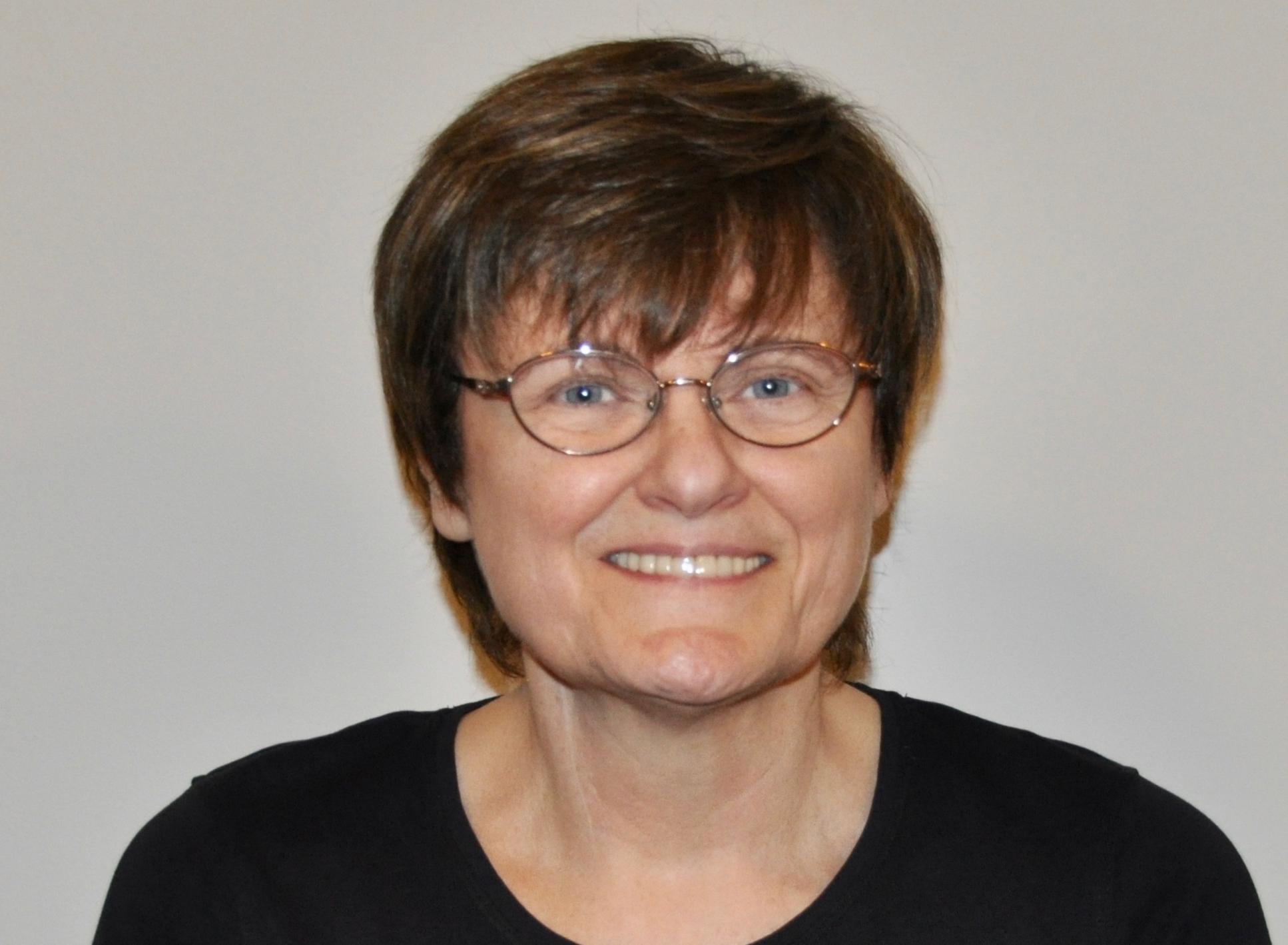 SARA MILLER MCCUNE